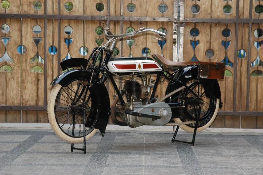 Antique 1916 Rover